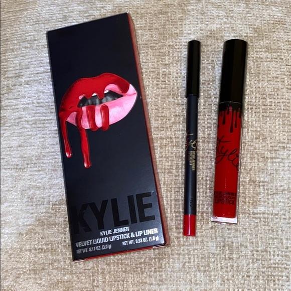 Red Velvet Lip Kit Kylie Cosmetics